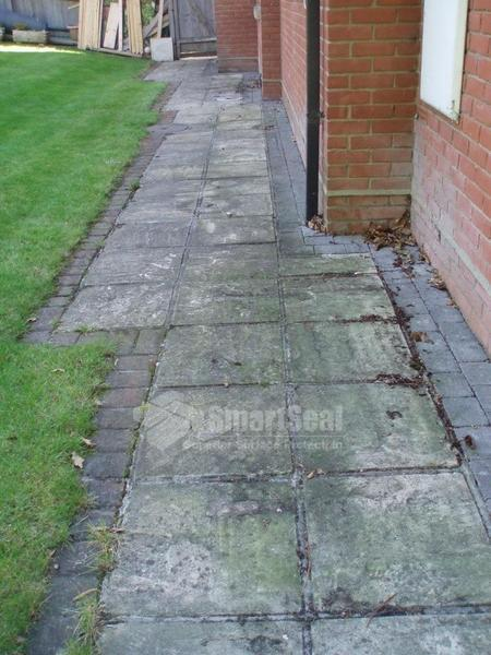 Driveway cleaning bristol pressure washing bristol for Cleaning concrete patio slabs